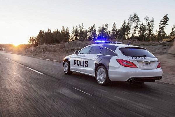 Финский полицейский автомобиль Mercedes CLS