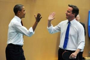 Кэмерон и Обама играют в теннис в лондонской Globe Academy School