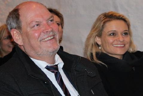 Карстен Хансен и Анника Олсен в ходе встречи