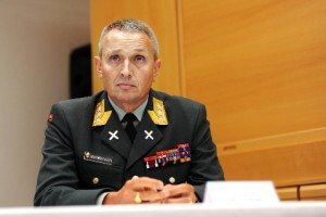 Начальник норвежской разведки Кьелл Грандхаген