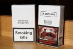 Новая упрощенная упаковка сигарет «ударит» по небольшим магазинам