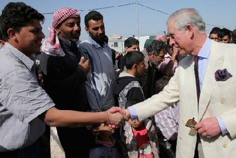Принц Чрльз в иорданском лагере беженцев из Сирии