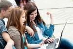 Исландские подростки проводят в социальных сетях более четырех часов в сутки