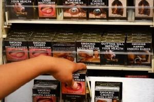Продажа сигарет в австралийском магазине
