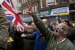 В Ньюкасле прошла первая акция против исламизации Великобритании