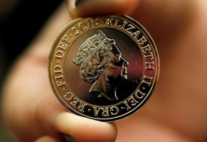 Монеты с изображением королевы Елизаветы II образца 2015 г.