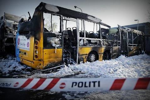 Сгоревшие автобусы в гараже MOVIA Bus Company, Остербро, Копенгаген