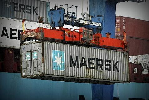 На новые морские контейнеры денег у Maersk, по всей видимости, уже не хватает