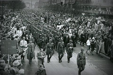 Добровольческий корпус СС «Данмарк» на площади в Копенгагене, 1942 г.