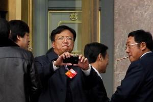 Китайским чиновникам ничто человеческое не чуждо