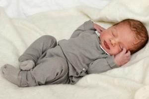 Новорожденный Николас Пауль Густав, принц Онгерманландский