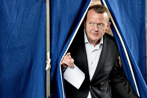 Новое правительство Дании будет формировать Ларс Лёкке Расмуссен