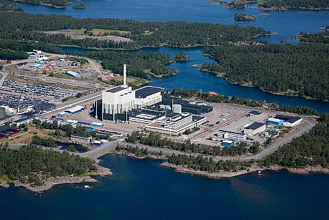 АЭС Оскарсхамн 2 (300 км от Стокгольма)