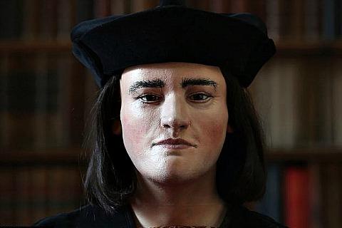 Реконструкция лица короля Ричарда III на основе обнаруженных останков, Университет Лестера