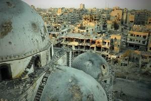 Руины сирийского города Хомса, разграбленного боевиками-исламистами (фото)