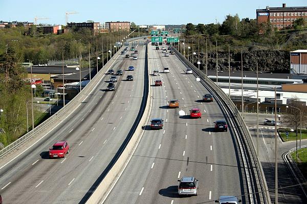 Кольцевая автомобильная трасса в Стокгольме (фото)