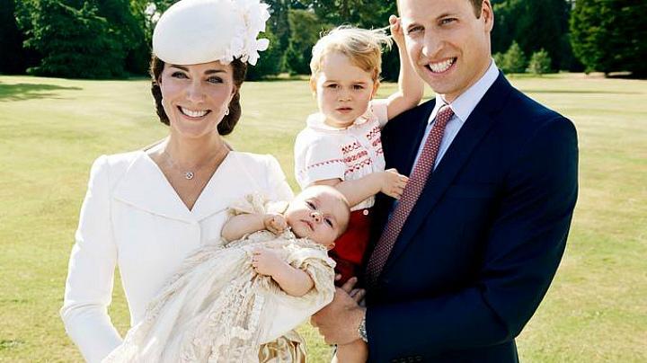 Герцог и герцогиня Кембриджские со своими детьми: принцессой Шарлоттой и принцем Джорджем (фото)