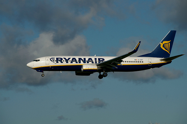 Самолет Ryanair (фото)