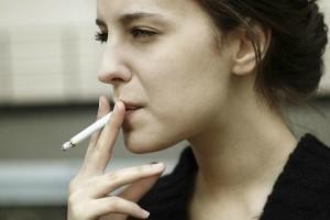 Потенциальная жертва шизофрении в результате курения (фото)