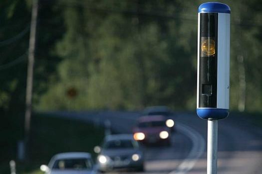 Настоящая камера слежения за скоростью в Швеции (фото)