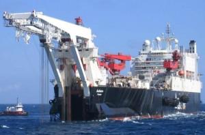 Крупнейшее в мире судно-трубоукладчик Solitaire