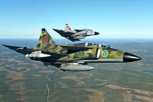 Saab SK37E Viggen шведских ВВС на авиашоу в Великобритании