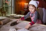 Трехлетняя принцесса Эстель пожелала всем счастливых праздников (видео)
