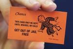 Трое заключенных исландских банкиров получили дополнительные дни «отпуска»
