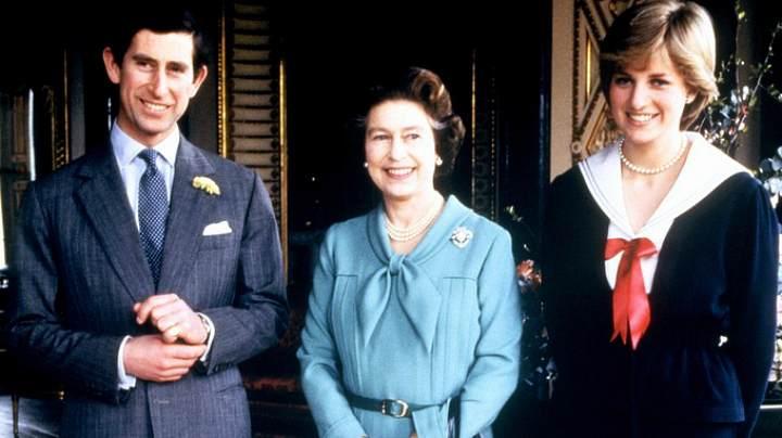 Королева Елизавета II с принцем Чарльзом и леди Дианой (1981 г.)