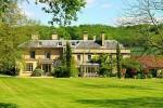 Спрос на загородные дома Англии продолжает бурный рост