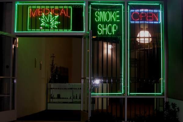 Магазин, продающий медицинскую марихуану. Орегон, США
