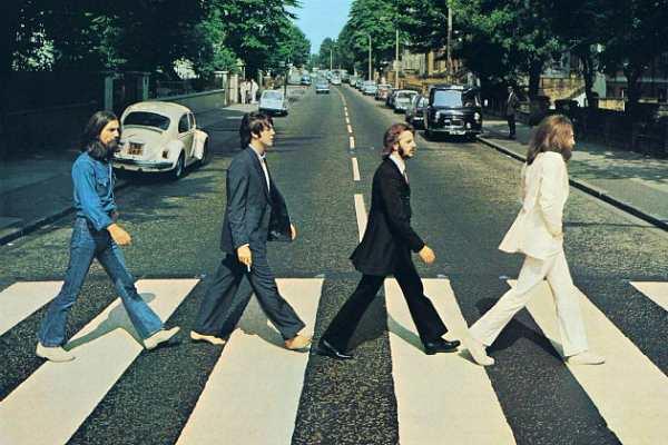 Битлз на пути в студию Abbey Road