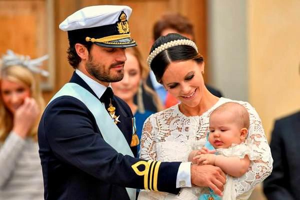 Принц Александр Эрик Хубертус Бертиль со своими родителями