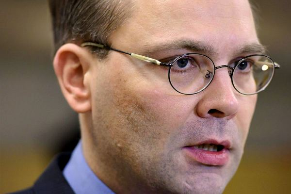 Министр обороны Финляндии Юсси Нийнистё