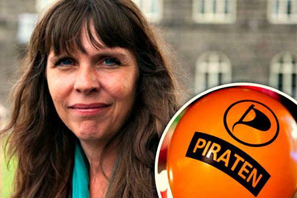 Лидер Пиратской партии Исландии Биргитта Йоунсдоуттир