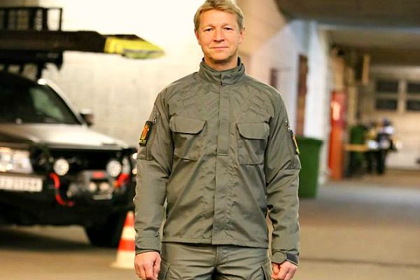norway-police-uniform